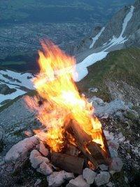 Bergfeuer Blick auf Innsbruck 1
