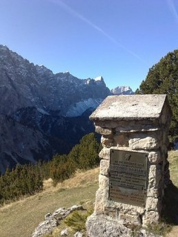 Blick Melzerdenkmal klein neu